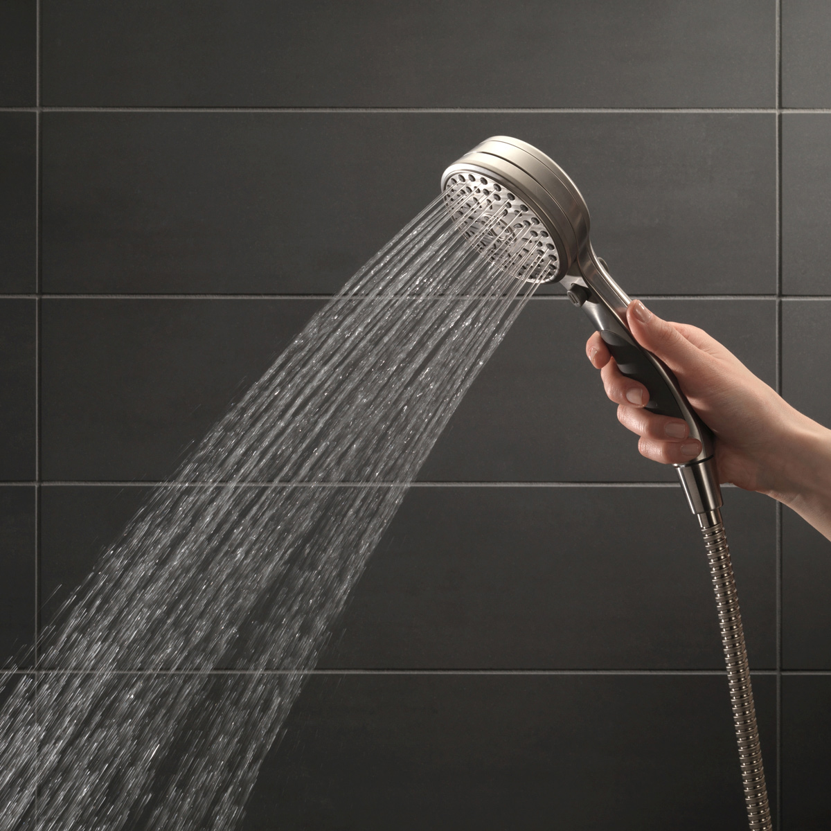 how to fix leaking shower head connection