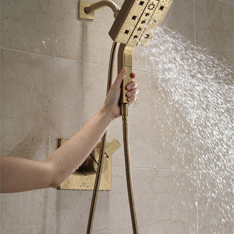 delta 58470ss in2ition 2in1 h2okinetic shower head and hand shower with magnetic docking and 4 spray settings