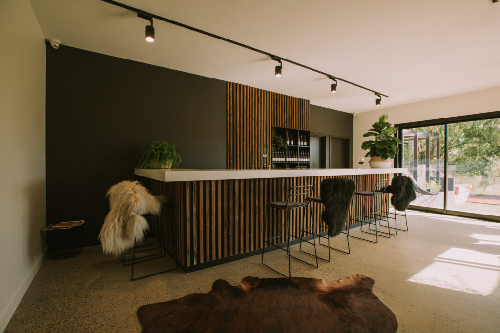 1K CHAIRS X HEWITSON WINES-30169