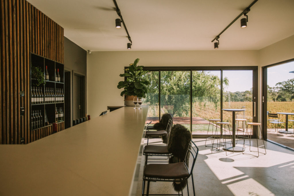 1K CHAIRS X HEWITSON WINES-30209