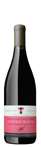 BottleShots-2015_QR_PinotNoir_unfiltered