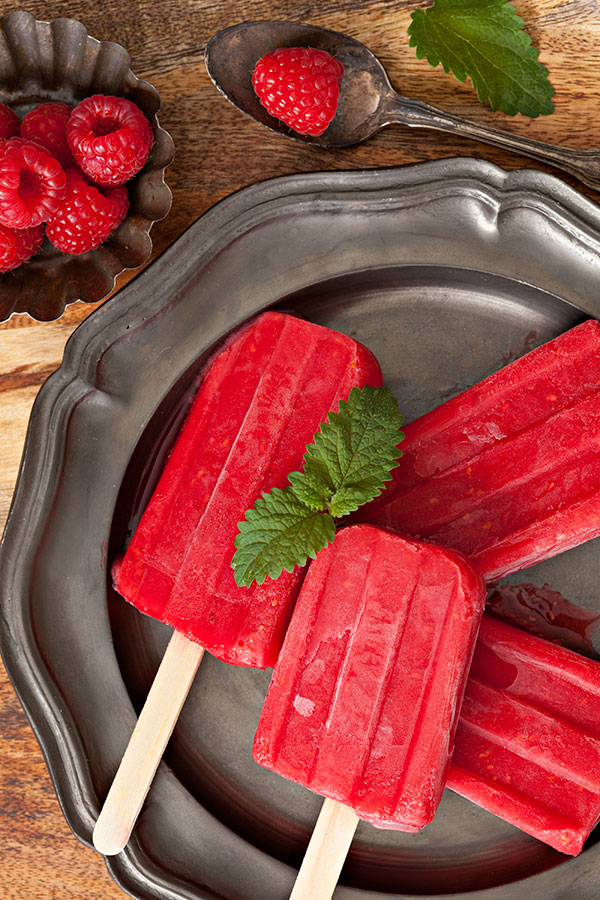 Healthy Popsicle Recipes - Super Berry Shakeology Popsicles