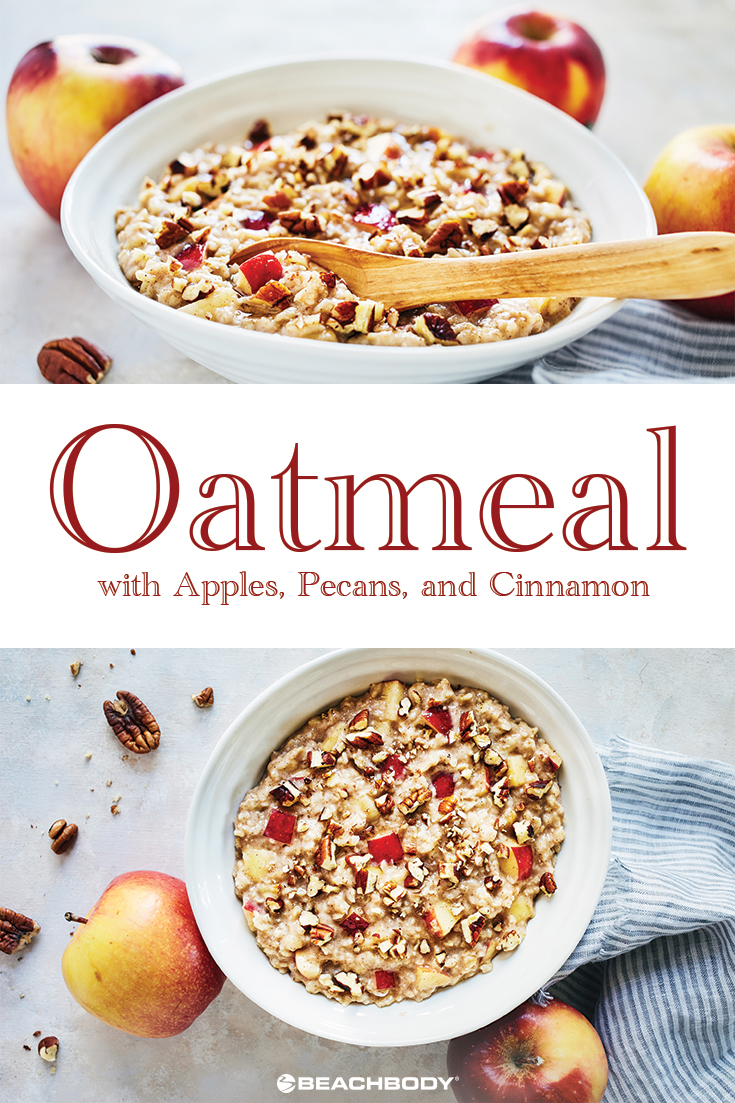 Oatmeal with Apples, Pecans, and Cinnamon