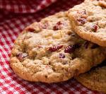 Oatmeal-Raisin-Cranberry-Cookies_pn9fku