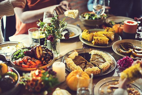 Thanksgiving Dinner, pumpkin pie, healthier Thanksgiving recipes, Fixate, Autumn Calabrese