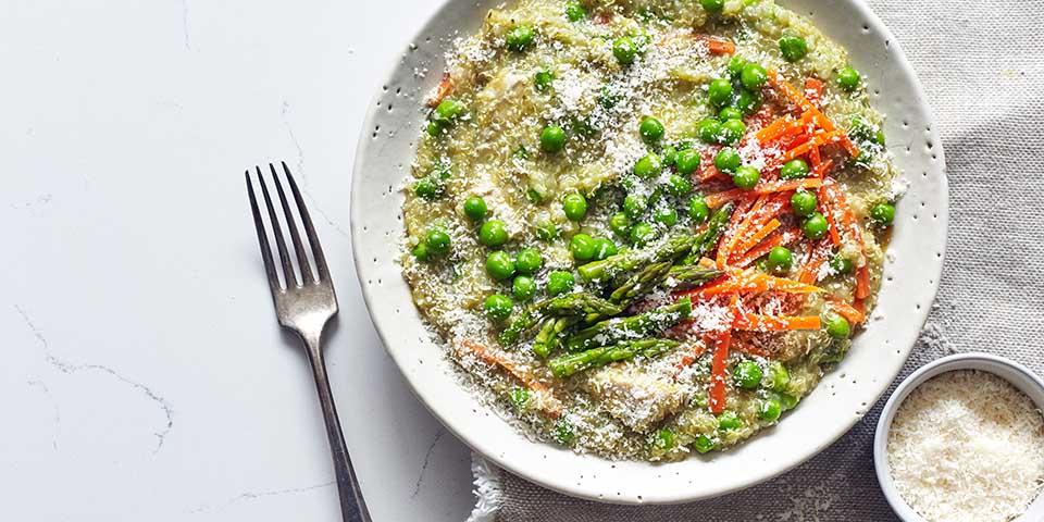 Slow Cooker Chicken Quinoa Spring Vegetables Recipe Beachbody Blog
