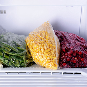 Why Frozen and Canned Fruits and Veggies Are Good, Too