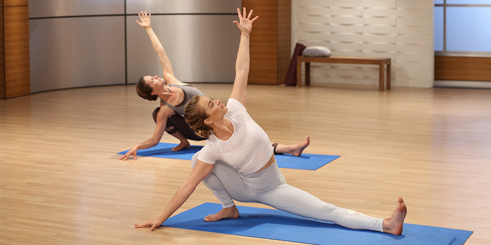 Does Yoga Work for Weight Loss? | The Beachbody Blog