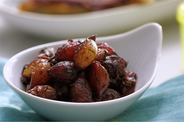 Healthy Thanksgiving Recipes from FIXATE Caramelized Pearl Onions