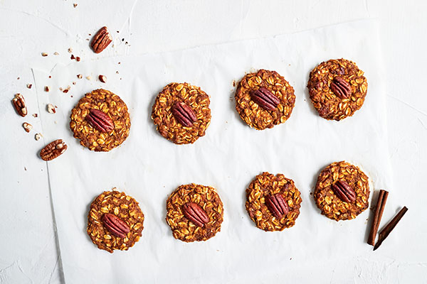 With old-fashioned rolled oats and a spice blend that includes ground clove, ginger, and pumpkin puree, these Pumpkin Cookies are out of this world good.
