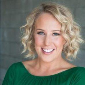 Kelly Plowe