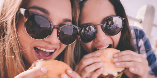 5 Reasons to Chew Your Food More