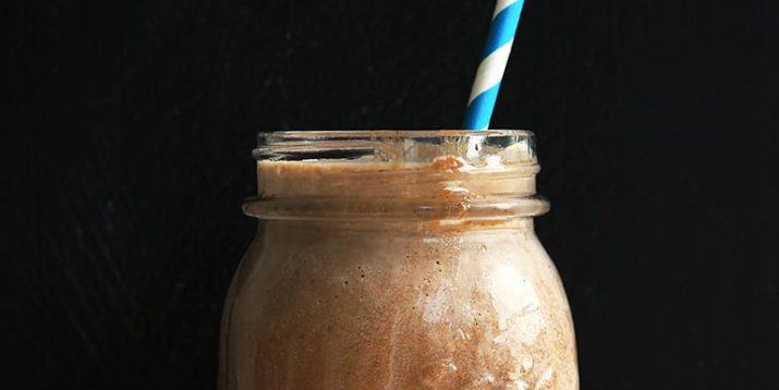 10 Chocolate Shakeology Smoothie Recipes