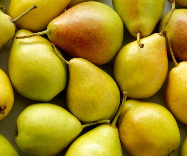 18 Delicious Fall Fruits and Vegetables-Pears