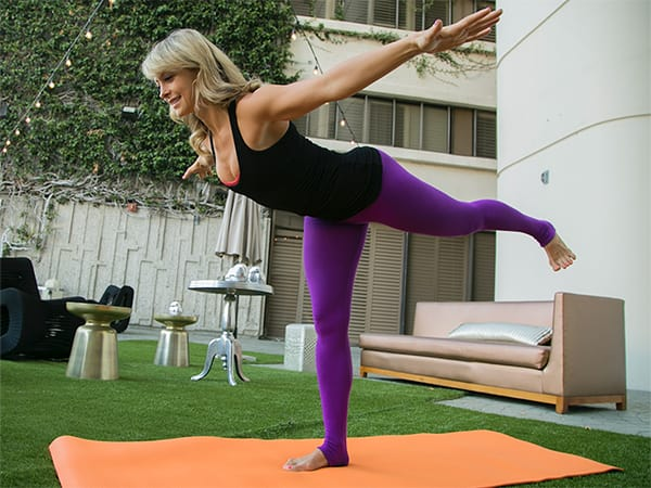 6-Yoga-Poses-For-a-Better-Butt-Warrior3