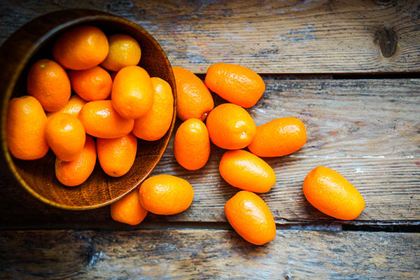 6 Winter Fruits to Stock Up On