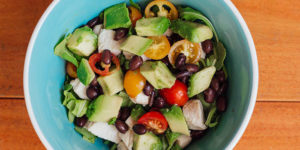 Arugula Salad with Chicken and Black Beans
