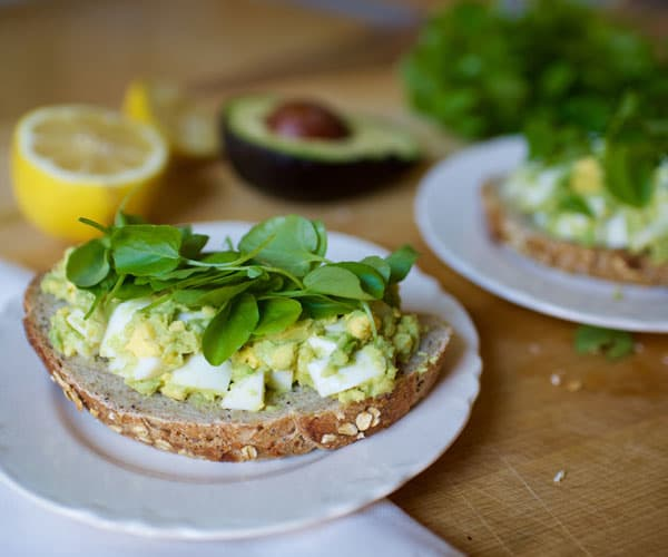 Avocado Egg Salad Toast Recipe | BeachbodyBlog.com