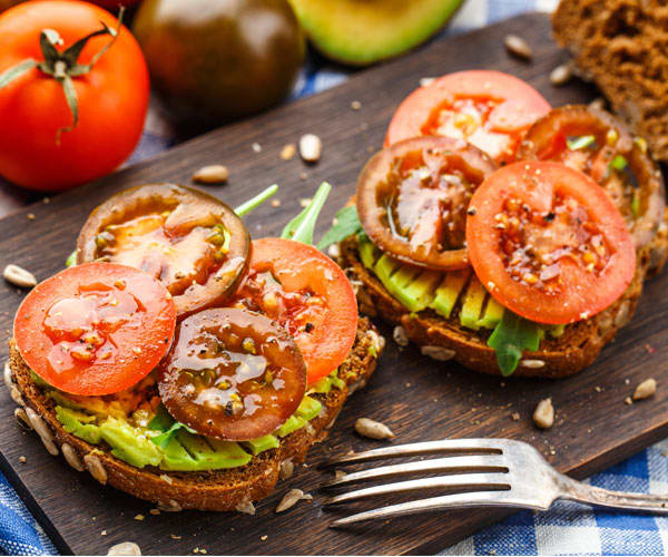 Avocado Toast with Tomatoes | BeachbodyBlog.com