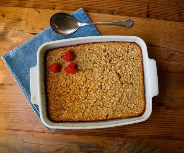 Baked Vanilla Oatmeal With Nutmeg   BeachbodyBlog.com