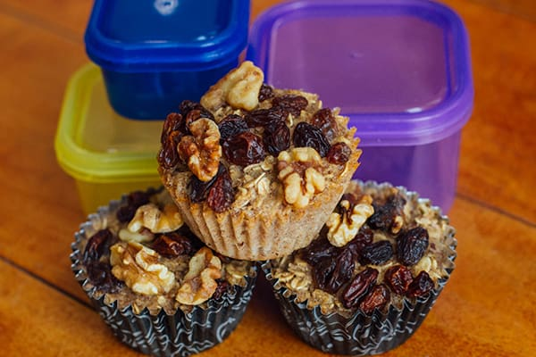 15 Healthy Breakfasts - Baked Oatmeal Cups with Raisins and Walnuts