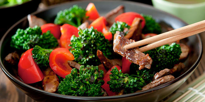 Beef and Broccoli with Red Bell Pepper