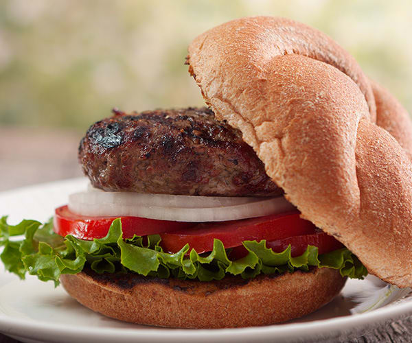 Burgers with Roasted Garlic and Rosemary | BeachbodyBlog.com