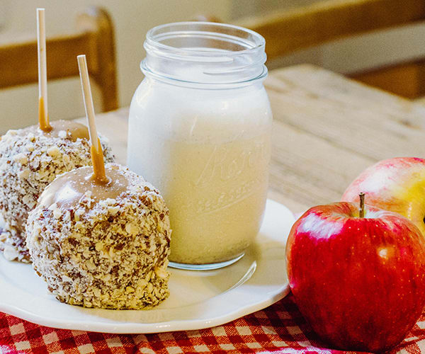 Skip the sticky fingers, and the potential emergency trip to the dentist, and make this caramel apple smoothie recipe instead.