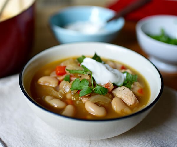 Chicken and White Bean Chili Recipe | BeachbodyBlog.com