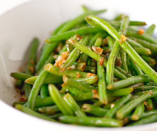 Chinese green beans with garlic