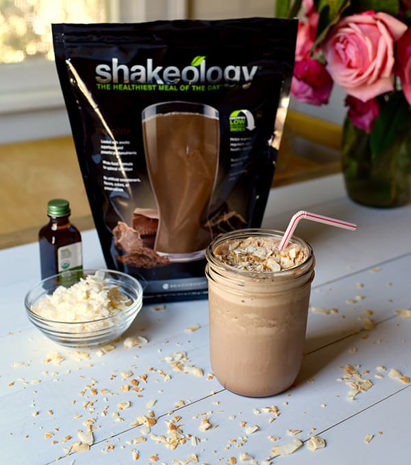 Chocolate Caramel Smoothie | BeachbodyBlog.com