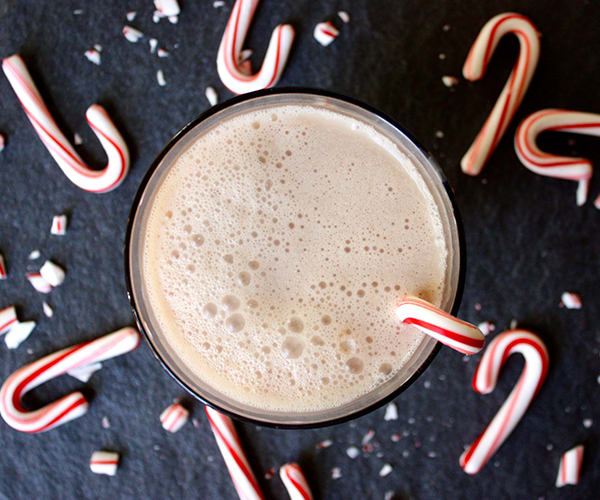 Creamy Candy Cane Shakeology | BeachbodyBlog.com