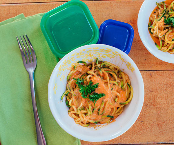 Creamy Roasted Red Pepper Zucchini Noodles | BeachbodyBlog.com