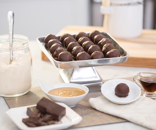 FIXATE Valentine's Day Recipes - Peanut Butter Chocolate Balls