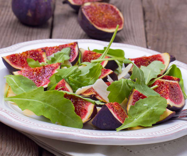 Fig Salad with Honey-Lemon Dressing | BeachbodyBlog.com