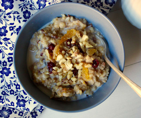 Easy Slow Cooker Recipes: Fruity Whole Grain Breakfast Porridge