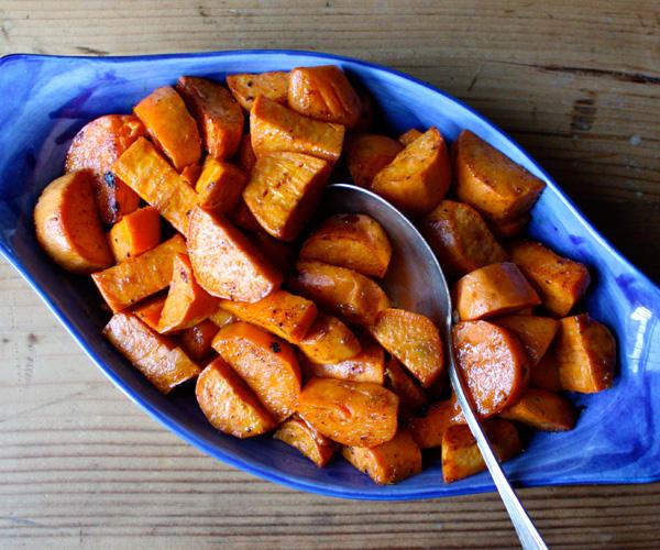 Glazed Yams with Cinnamon and Nutmeg | BeachbodyBlog.com