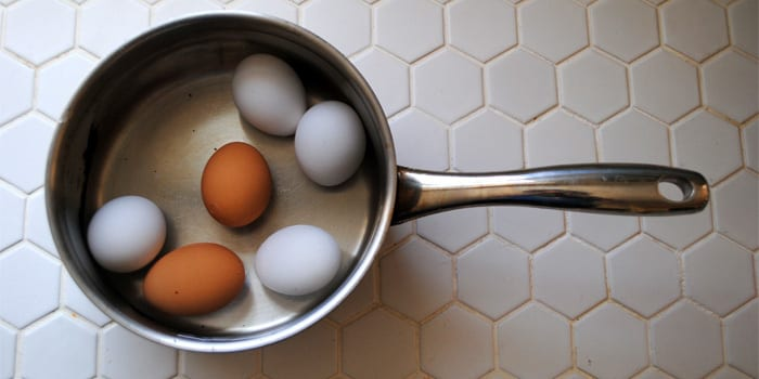 how to cook and peel perfect hard boiled eggs