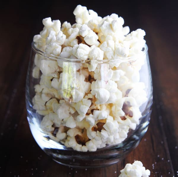 Meal prep snacks air-popped pocorn