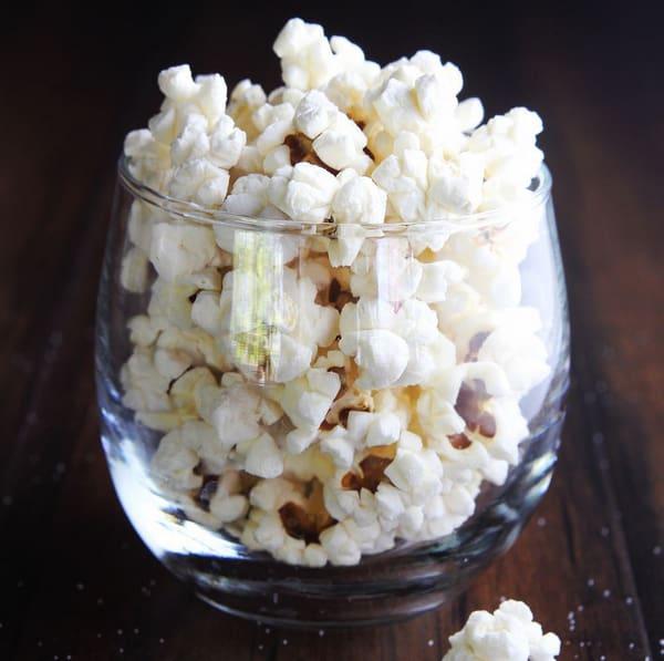 Meal prep snacks air-popped pocorn