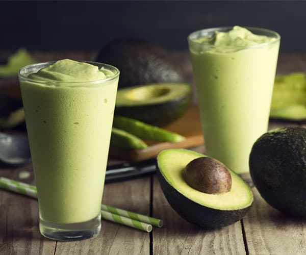 Mint and Avocado Green Smoothie | BeachbodyBlog.com