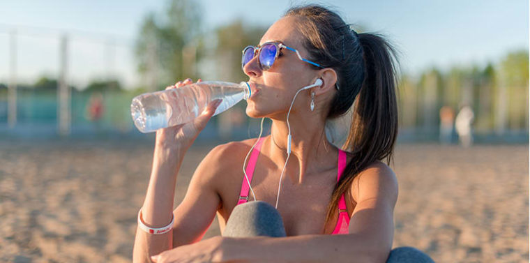 4 Telltale Signs of Dehydration l BeachbodyBlog.com