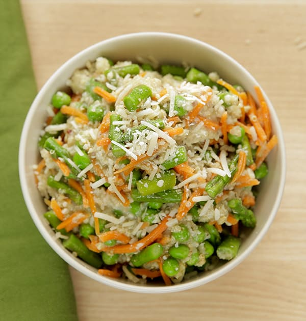 Easy Slow Cooker Recipes: Slow Cooker Chicken and Quinoa with Spring Vegetables