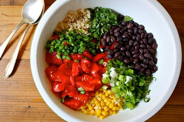 Southwestern Rice and Bean Salad Recipe | BeachbodyBlog.com