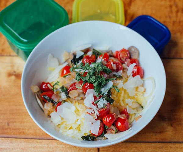 Spaghetti Squash with Tomatoes and Mushrooms | BeachbodyBlog.com