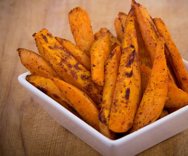 Spicy Sweet Potato Fries | BeachbodyBlog.com