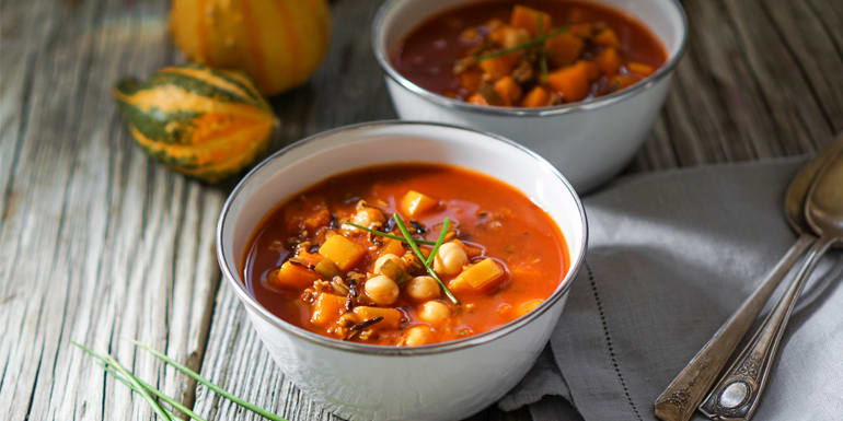 These Are the Healthiest Soups You Can Eat