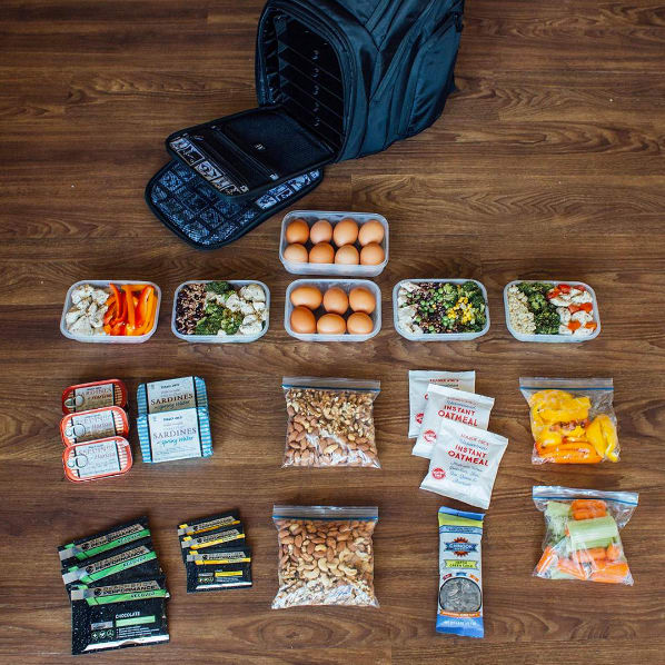 How to Meal Prep When You Travel | BeachbodyBlog.com