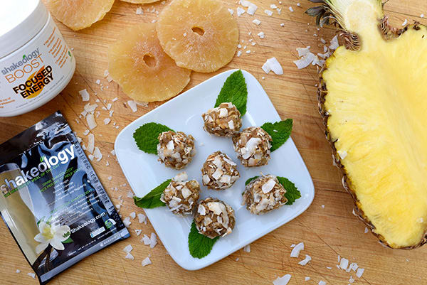Vanilla Shakeology Macadamia Nut Pineapple Balls Recipe | BeachbodyBlog.com