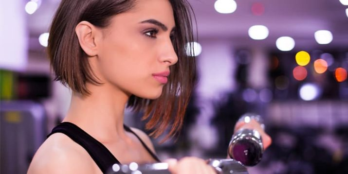 What Happens to Your Face When You Wear Makeup During a Workout?